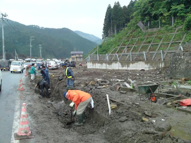 震災発生から3ヶ月
