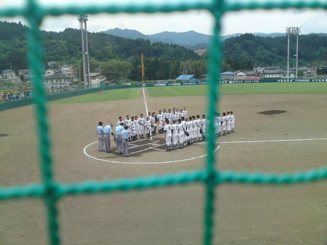 有住中学校の試合が始まる。