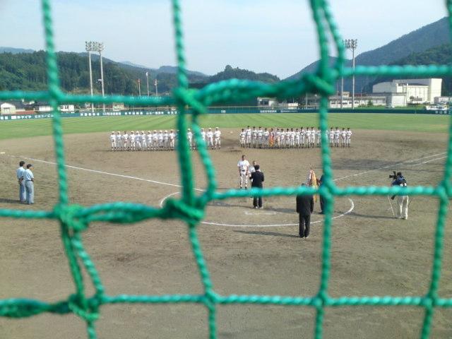 岩手県中学校総合体育大会軟式野球気仙地区予選、準優勝大船渡市立第一中学校 の皆さんです。